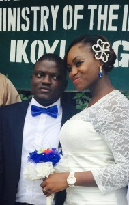 Adenike weds Taiwo olarinoye on the 6th of February 2015. Congrats to the couple.See more pics from the wedding after the cut…