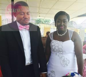 Shofolahan Gboyega and Kehinde Oti had their registry wedding on Tuesday December 9th at the Ikoyi Registry. Big congrats to them! See more pics from the wedding after the cut ..
