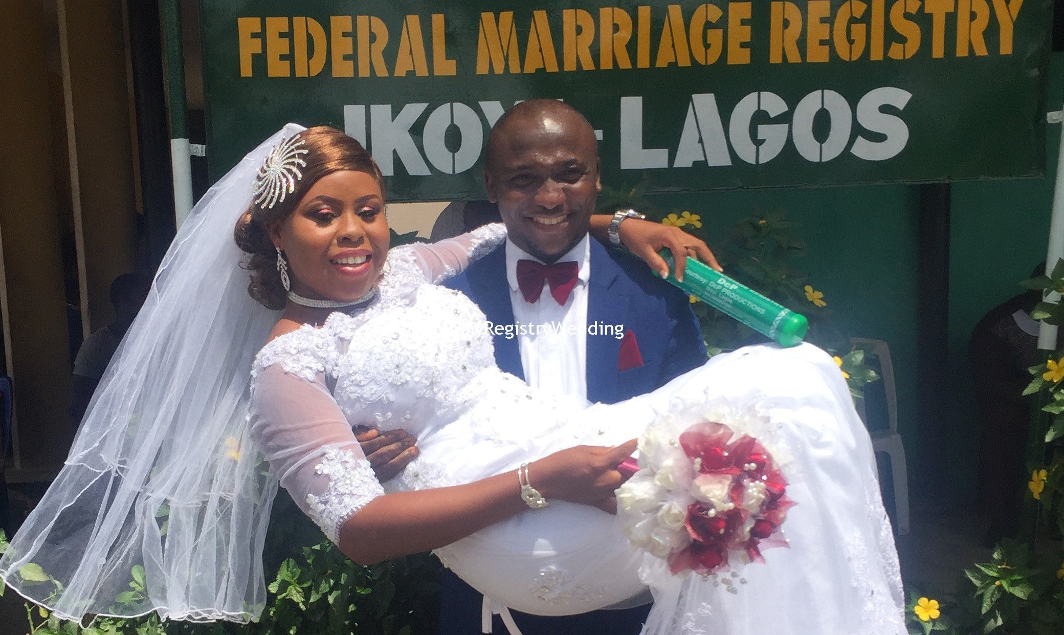 Funmi Tie The Knot With Niyi Sorunke At The Marriage Registry